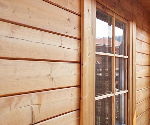 Fassaden aus Holz von Holz Gar in Aumühle südlich von München.