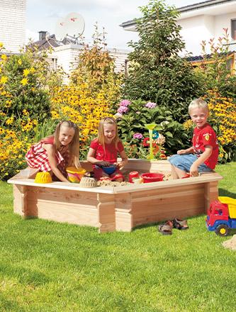 Spielgeräte aus Holz für den heimischen Garten bei Holz Gar in Aumühle südlich von München.