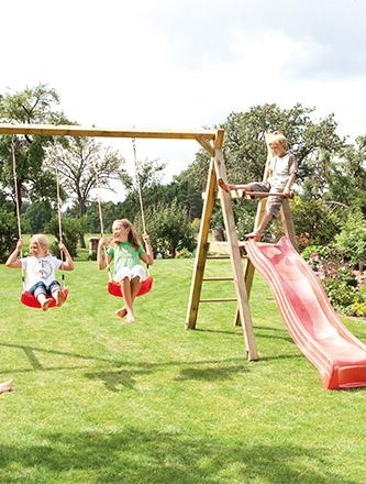 Spielgeräte für den garten und den Park von Holz Gar in Aumühle südlich von München.