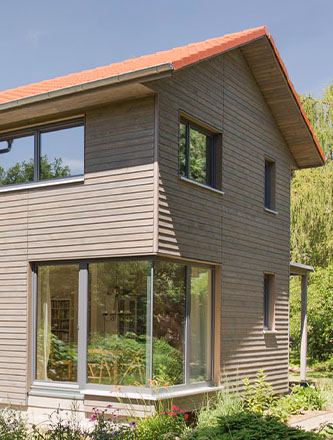 Holzverschalung für Ihr Haus von Holz Gar in Aumühle südlich von München.
