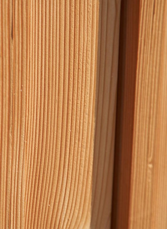 Fassade aus Holz im Detail | Holz Gar in Aumühle südlich von München
