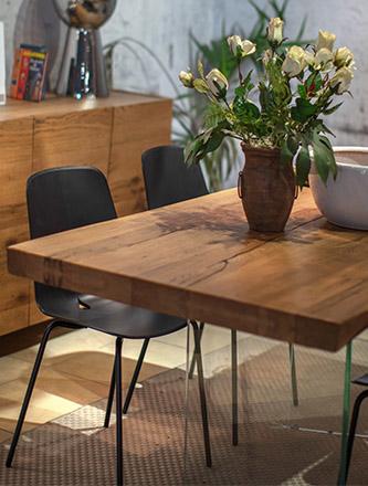 Tischplatten aus Holz für Ihr Esszimmer finden Sie bei Holz Gar in Aumühle südlich von München.