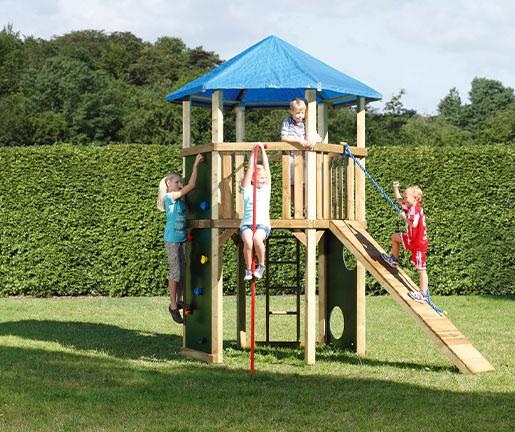 Spielgeräte für den Garten von Holz Gar in Aumühle südlich von München.